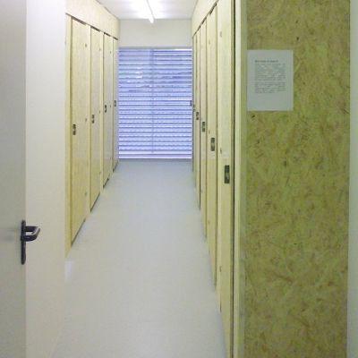 ministorage im businesscenter lausen businesscenter. Black Bedroom Furniture Sets. Home Design Ideas